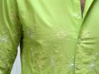 Chemise Nodus brodée fleurs vert pomme