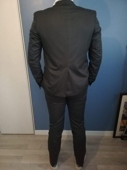 costume_gris_colnoir_back